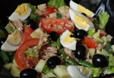 Рецепт Салат с тунцом и овощами