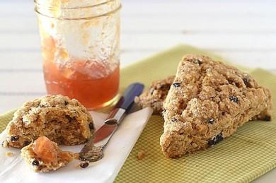 Рецепт Печенье по-деревенски со смородиной и вишней
