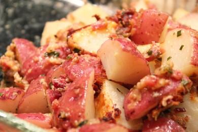 Рецепт Запеченный картофель с беконом и сыром