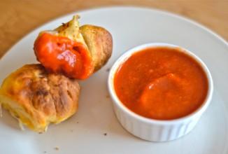 Обезьяний хлеб с сыром и пепперони - приготовление