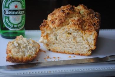 Рецепт Пивной хлеб с луком и сыром