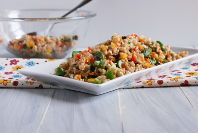 Рецепт Салат с коричневым рисом и овощами