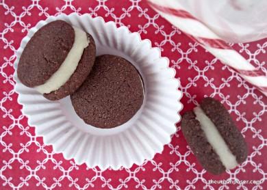 Рецепт Шоколадное печенье-сэндвичи с мятной начинкой
