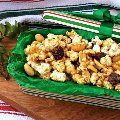 Рецепт Сладкий попкорн с арахисом и медом