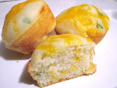 Рецепт Кукурузные маффины с сыром и халапеньо