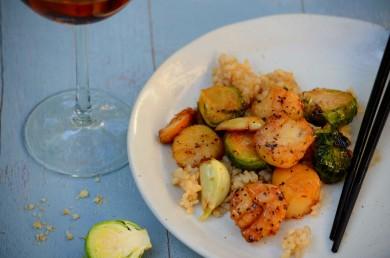 Рецепт Карамелизированные гребешки с брюссельской капустой в рыбном соусе