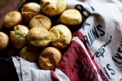 Рецепт Булочки с козьим сыром и розмарином
