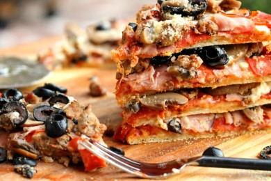 Рецепт Пицца с колбасой и грибами
