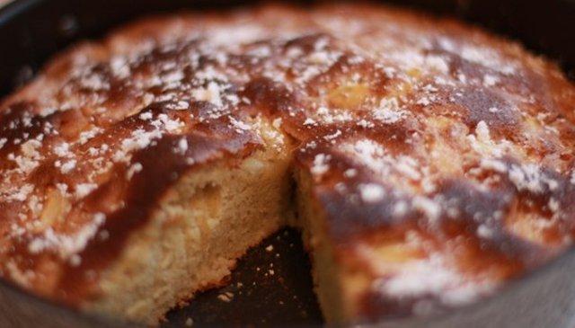 Шарлотка с вареньем рецепт пошагово самый вкусный