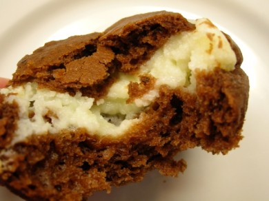 Рецепт Шоколадные кексы с начинкой