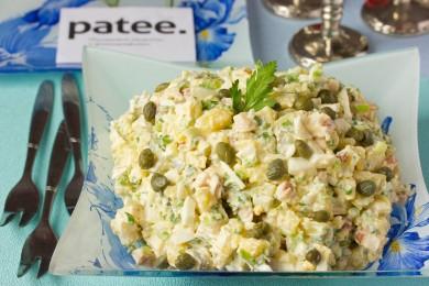 Рецепт Салат с копчёной куриной грудкой и овощами