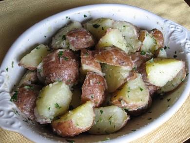 Рецепт Отварной картофель с зеленью