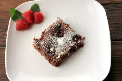 Рецепт Брауни с малиной и белым шоколадом