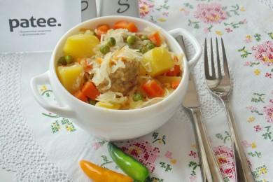 Рецепт Фрикадельки с овощным рагу