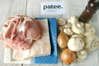 Свиные рулетики с шампиньонами и салом - приготовление