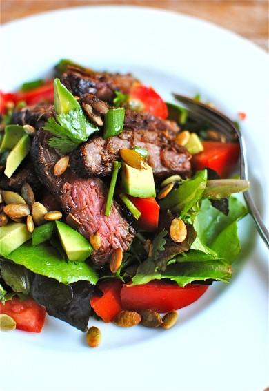 Рецепт Салат со стейком и овощами