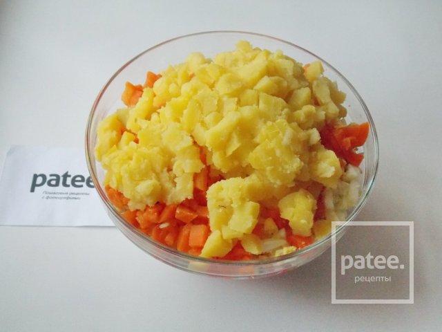 Салат из крабовых палочек картошки яиц и кукурузы