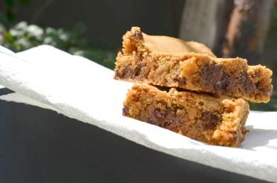 Рецепт Блонди с орехами и шоколадом