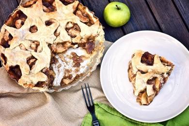 Рецепт Яблочный пирог с карамелью