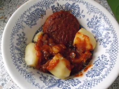 Рецепт луковые котлеты в томатном соусе