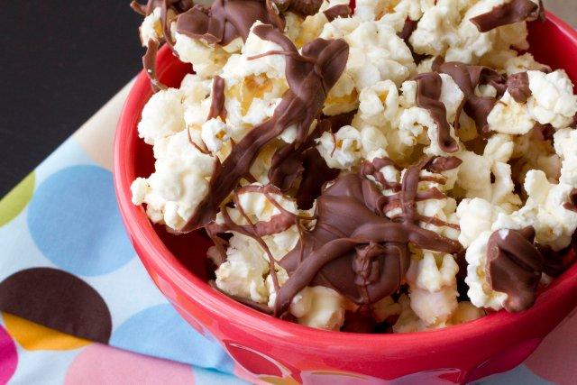Попкорн в шоколаде рецепт