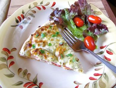 Рецепт Сырный тарт с помидорами и песто