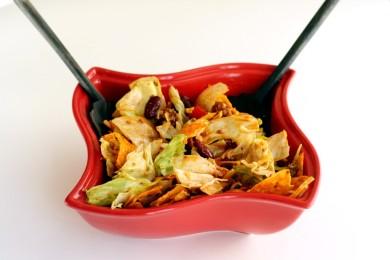 Рецепт Салат с говядиной, фасолью и помидорами