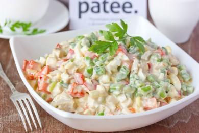 Рецепт Салат с куриным мясом, стручковой фасолью и сладким перцем