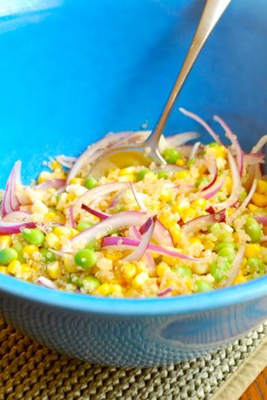 Рецепт Салат с киноа и кукурузой
