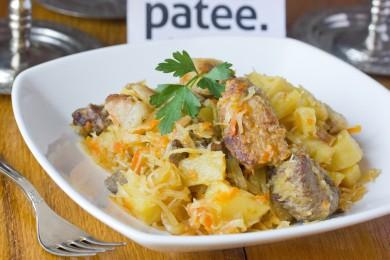 Рецепт Свинина, тушенная с картофелем и квашенной капустой