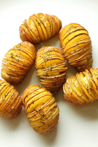 Рецепт Картофель с тимьяном и чесноком