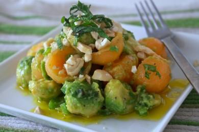 Рецепт Салат с авокадо и мускусной дыней