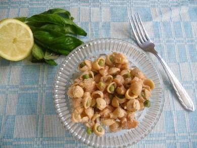 Рецепт Салат с макаронами и креветками