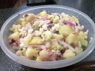 Картофельный салат с цветной капустой