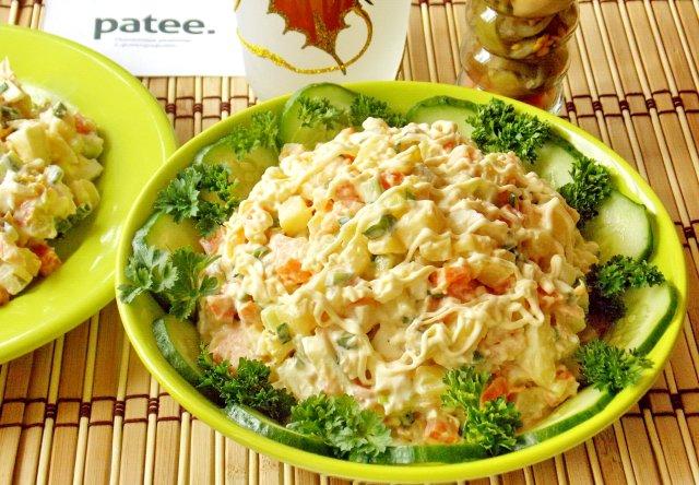 Рыбные салаты  54 рецепта с фото пошагово Готовим салаты