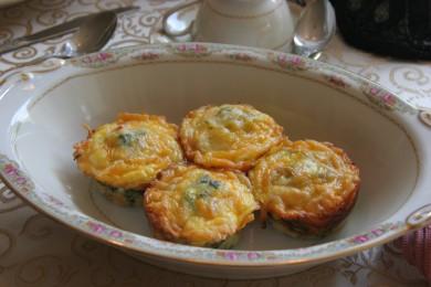 Рецепт Кексы с беконом и помидорами