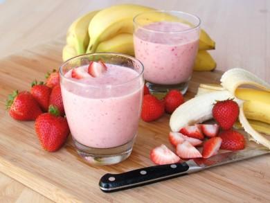 Рецепт Клубнично-банановый смузи