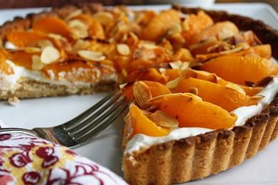 Рецепт Тарт с абрикосами и миндалем
