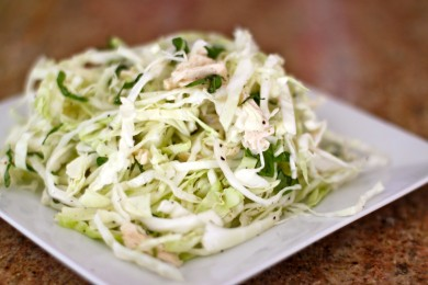 Рецепт Салат из капусты с курицей