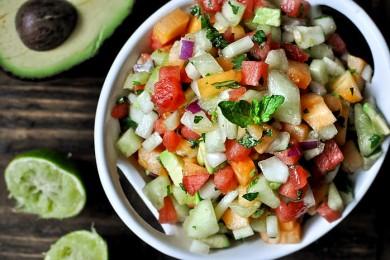 Рецепт Салат с дыней и арбузом