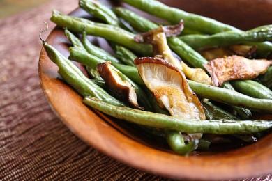 Рецепт Зеленая фасоль с грибами Шиитаке и чесноком
