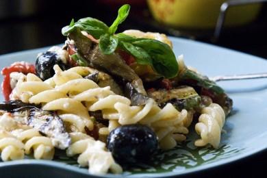 Рецепт Салат из пасты с овощами