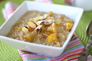 Рецепт Овсянка с манго и яблоком