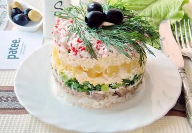 Рецепт Салат из сайры с ананасом
