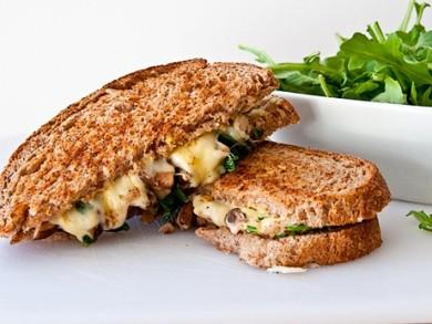 Рецепт Сэндвич с сыром и грибами