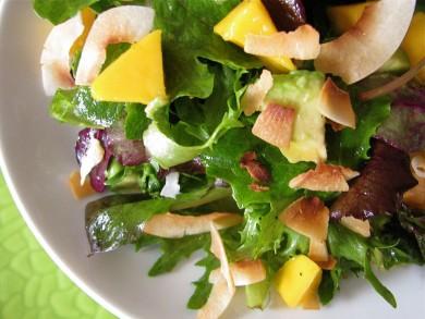 Рецепт Салат с манго и авокадо