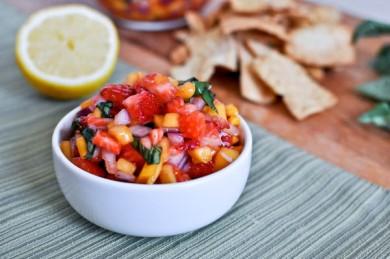 Рецепт Клубнично-манговая сальса