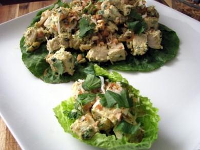 Рецепт Куриный салат на листьях латука