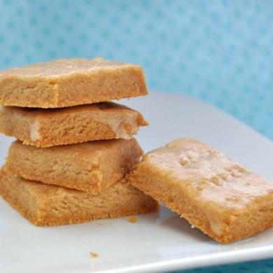Рецепт Песочное печенье с лимонной глазурью