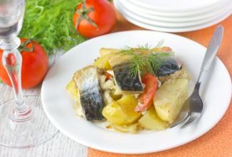 Скумбрия, запечённая с картофелем и помидорами - Шаг 12
